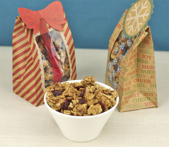 How To Make Granola With Clusters - Holiday Edition