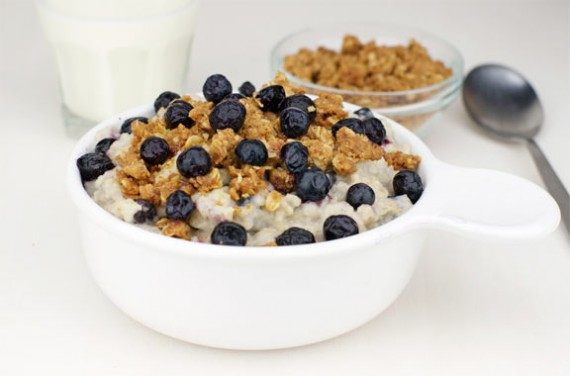 Deluxe Blueberry Muffin Oatmeal
