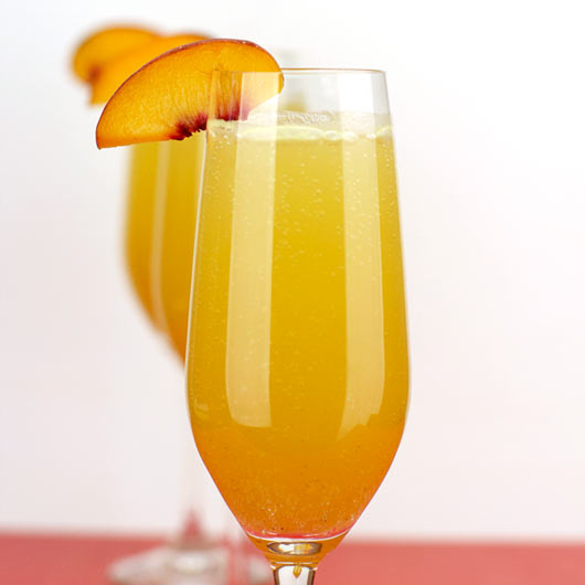 Peach Bellini Recipe | MrBreakfast.com
