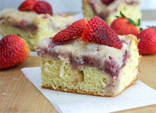 Strawberry Coffee Cake Recipe | MrBreakfast.com