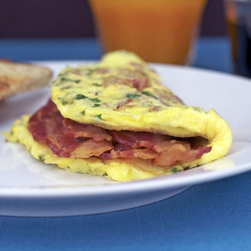 Simple Bacon Omelet Recipe Mrbreakfast Com