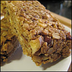 Peanut Butter, Banana & Bacon Granola Bars