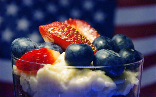 Fourth Of July Red, White & Blue Oatmeal Parfaits