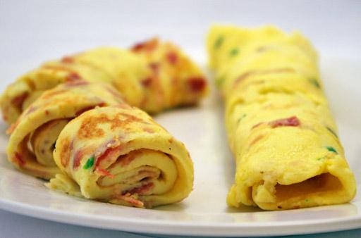 German Omelette With Bacon Recipe Mrbreakfast Com