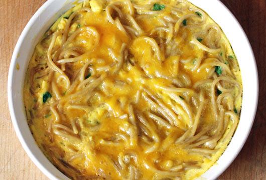 Cheesy Noodle Omelette Recipe Mrbreakfast Com
